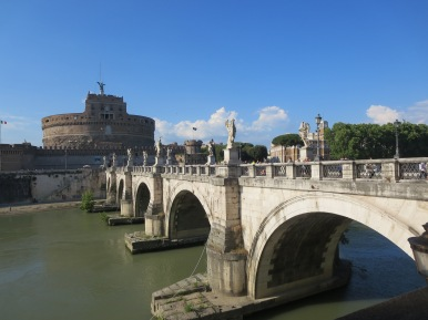 Ponte Sant'Angelo bridge, and Castel Sant'Angelo.