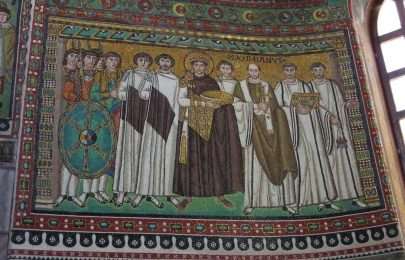 Ravenna: Basilica di San Vitale. Emperor Justinian and his retinue.