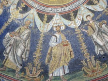 Ravenna: The Neonian Baptistry. Apostles.