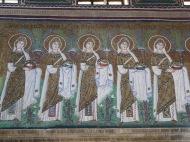 Ravenna: Basilica di Sant'Apollinare Nuovo. The Holy Virgins.