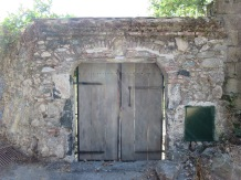Levanto: A gate in the medieval city wall.