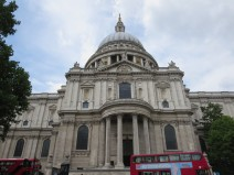 London: St. Paul's Cathedral.