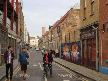London: Fashion Street, Spitalfields.