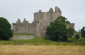 Edinburgh: Craigmillar Castle.